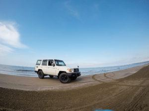 千里浜なぎさドライブウェイトランクル70バン