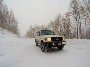 ランクル70で雪の万座ハイウェイ