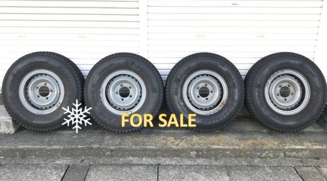 売却済【FOR SALE】ランクル79ピックアップ(GRJ79K)純正リングホイール&スタッドレスタイヤ 4本セット
